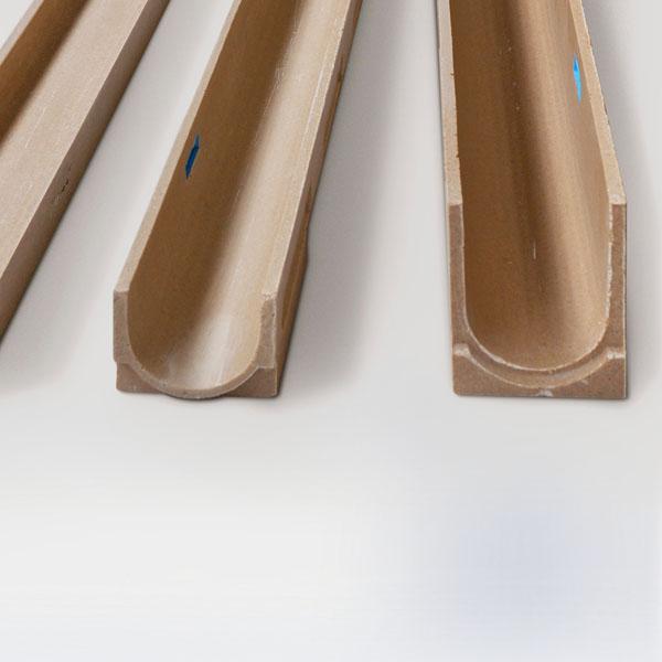 Canales hormigón polímero drenaje espacios césped artificial